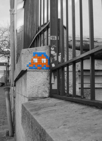 Space Invader street art in Montmartre, Paris, 2011