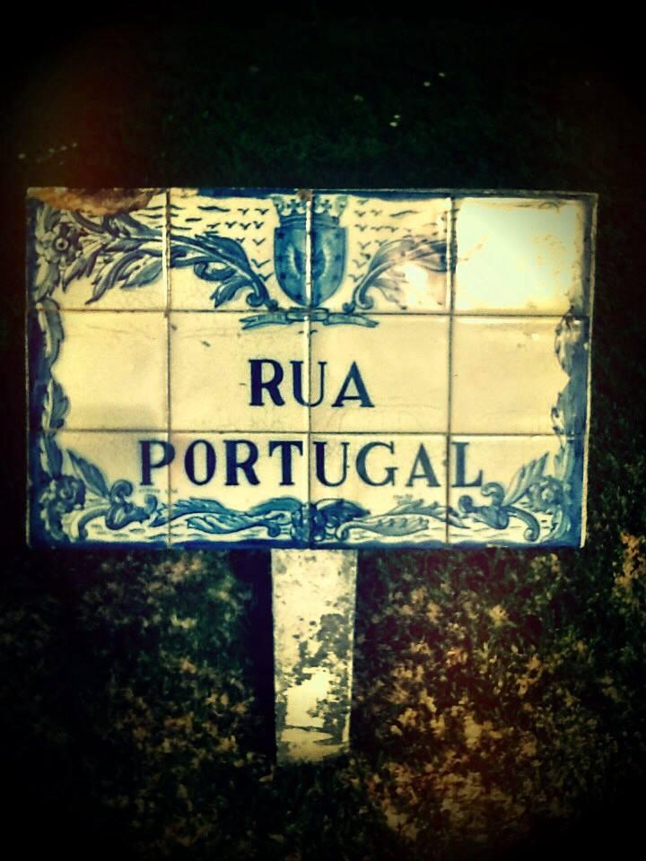Blue tile street sign.